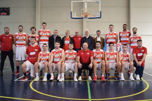 Logroño. Foto de familia del equipo de Logrobasket que consiguió el ascenso a Liga EBA.  Foto Logrobasket